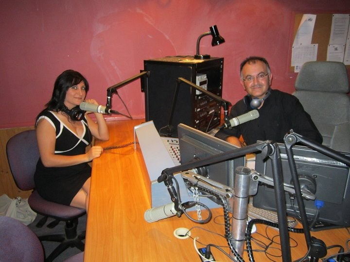 """NOW WATCH "" VIDEO INTERVIEW ASSYRIAN SINGER HELEN ISSAC SYDNEY 19.2.2012"
