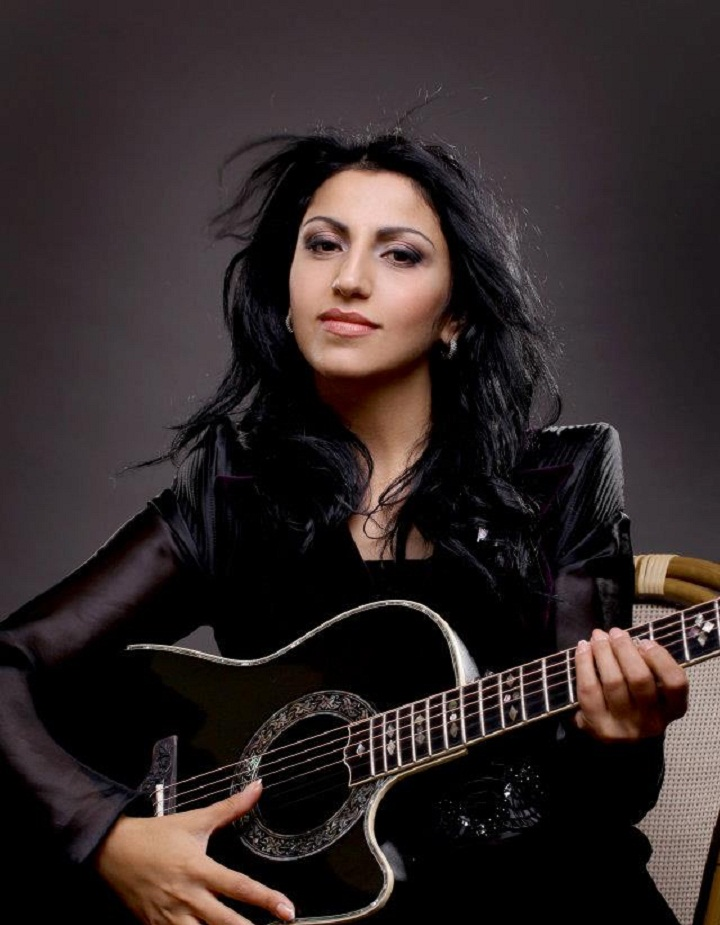 """NOW LISTEN"" ASSYRIAN ARTIST AND SINGER MADLIN ISHEOVA. UKRAINE."