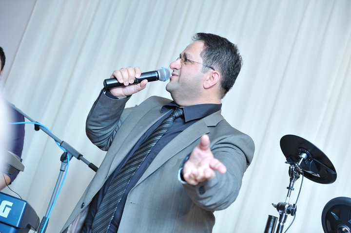 """ Now Listen "" Exclusive Interview With Assyrian Singer Nawfal Shimon Sweden 14.7.2013"